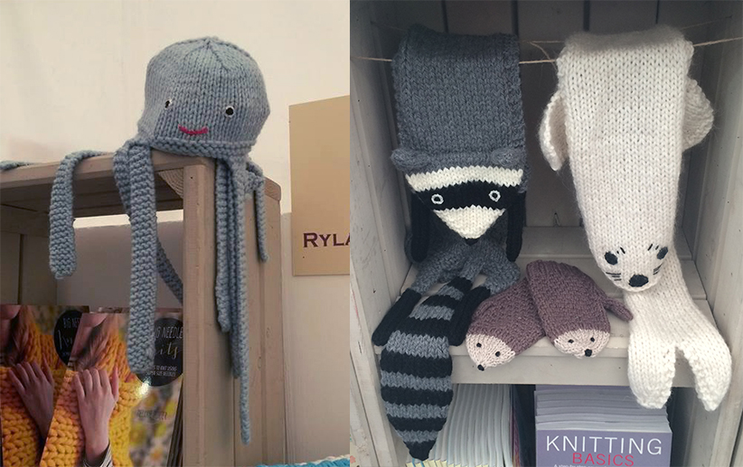 Knitting Pattern For Cat Socks : Book Review - Fiona Goble - Knitted Animal Scarves, Mitts ...