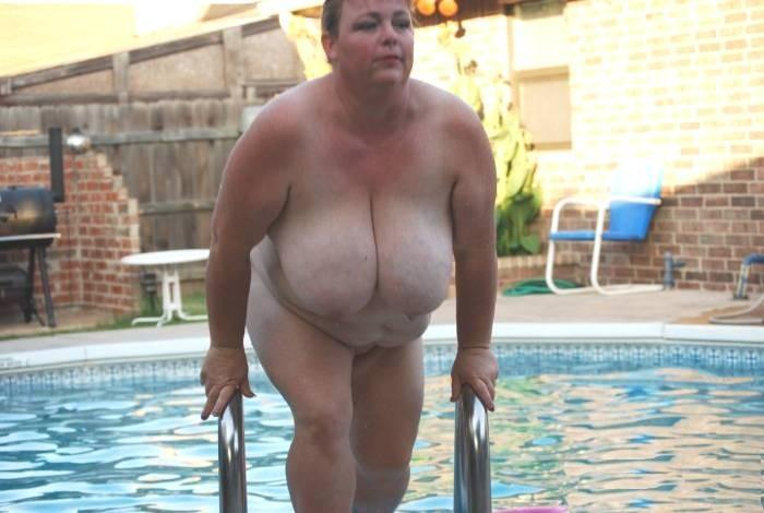 saggy outdoor granny stephani as soon as naked girl