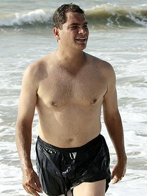 Rafael Correa Delgado en la playa