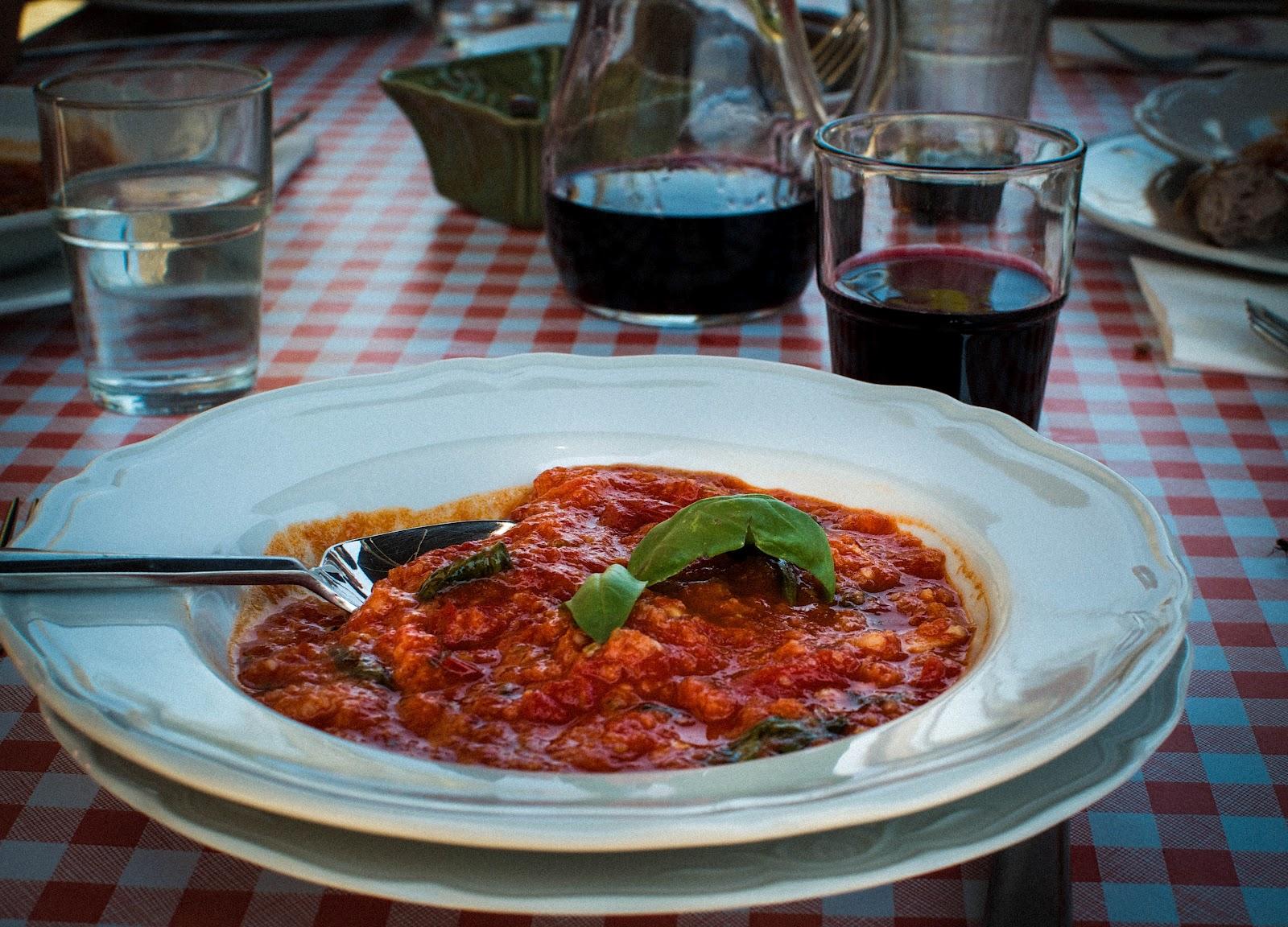 ... Marche: Mouthwatering Roasted Tomato & Bread Soup {Pappa al Pomodoro