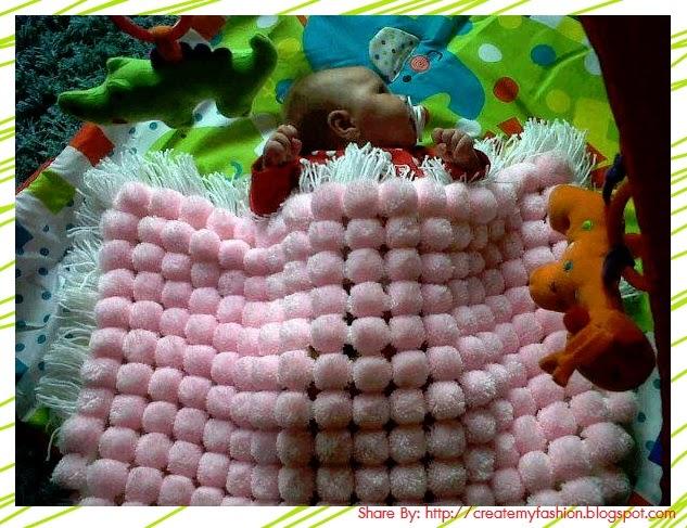 งานประดิษฐ์ผ้าห่มปอมปอมจากไหมพรมทำเองง่ายๆ