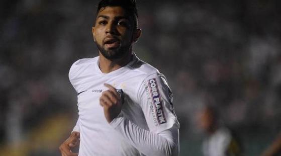 Gabigol decide e Santos vence Figueirense