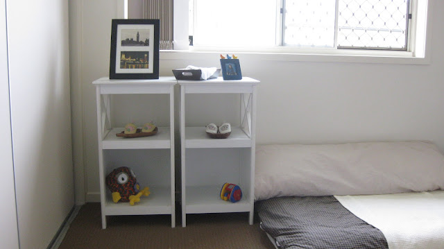 Twins and montessori evolving spaces bedroom and floor beds for Big w portacot