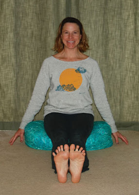 Dandasana - Takin It Easy In the Take It Easy Fleece Pullover