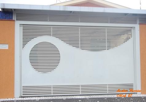 Portão chapa e metalon 30x20