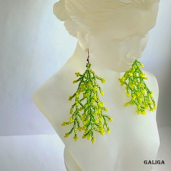 Coraling Beadwork Dangle Seed Bead Earrings