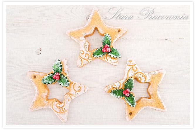 gwiazdki z masy solnej, salt dough stars, masa solna, zawieszki na choinkę, ozdoby świąteczne z masy solnej