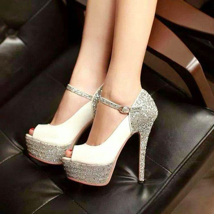 womens white shoes