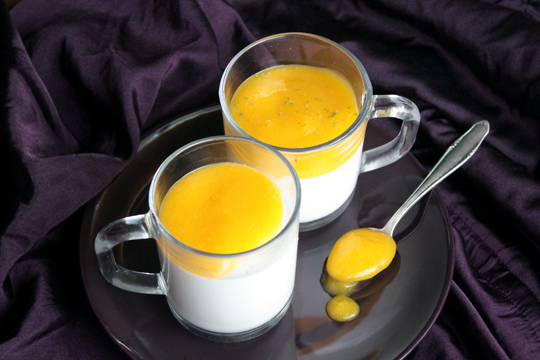 breakfast in bed - vanilla panna cotta with mango puree