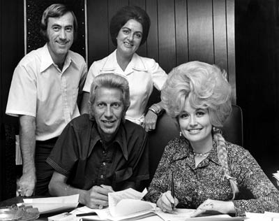 porter wagoner dolly parton relationship with her family