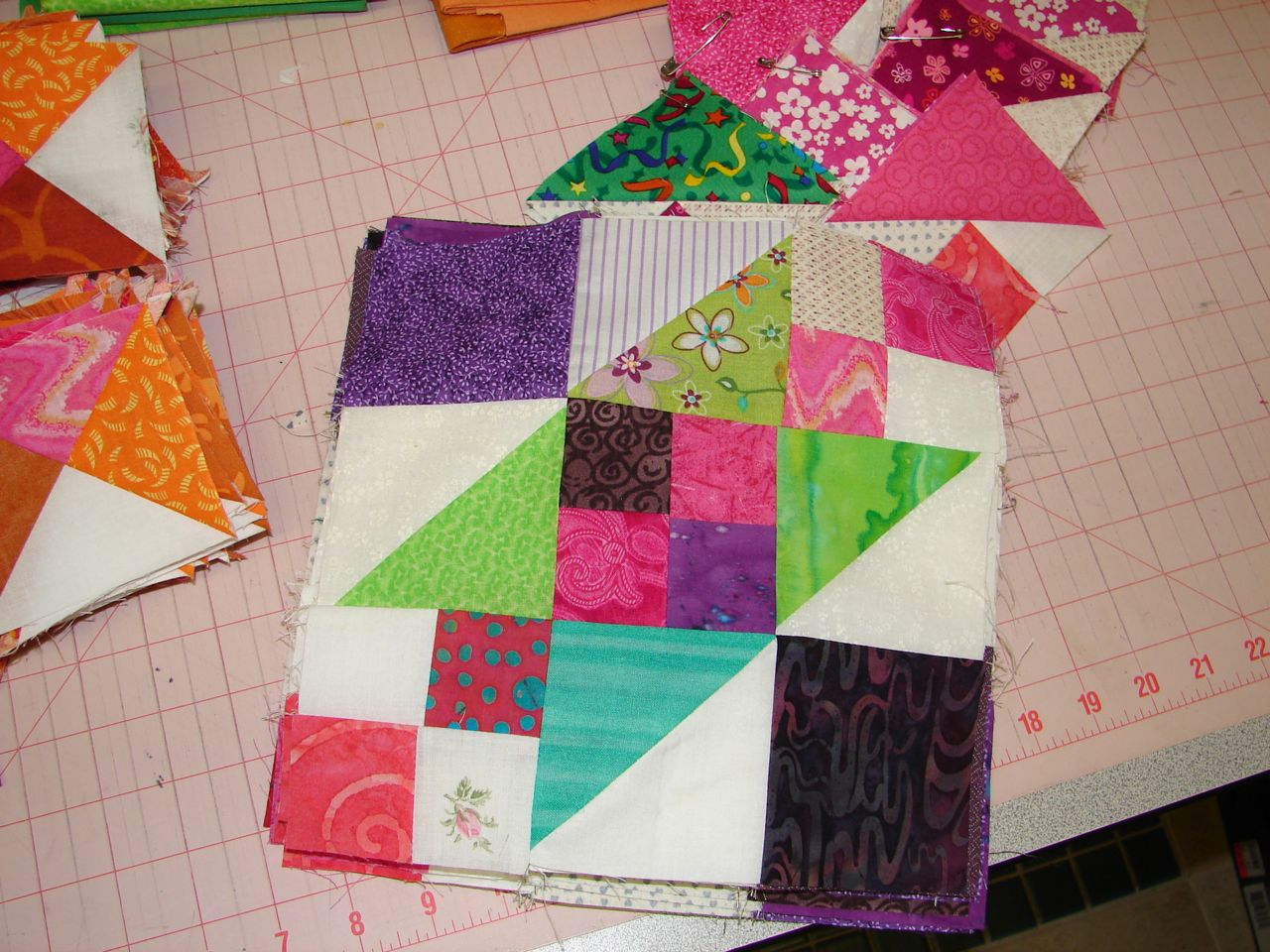 Amy's Passions: Lazy Sunday; 2010 BOM UFO; Mother's Day running : lazy sunday quilt pattern - Adamdwight.com