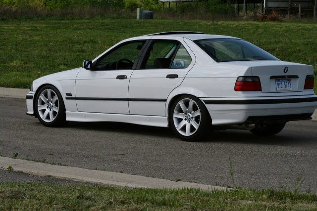 Foto Modifikasi Mobil BMW 318i