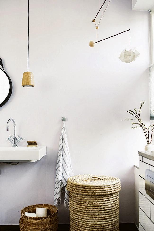 La petite fabrique de rêves: Black & White : Une salle de bain ...