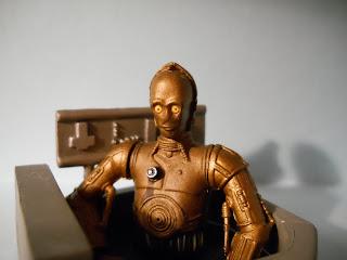 robot amarillo de la guerra de las galaxias