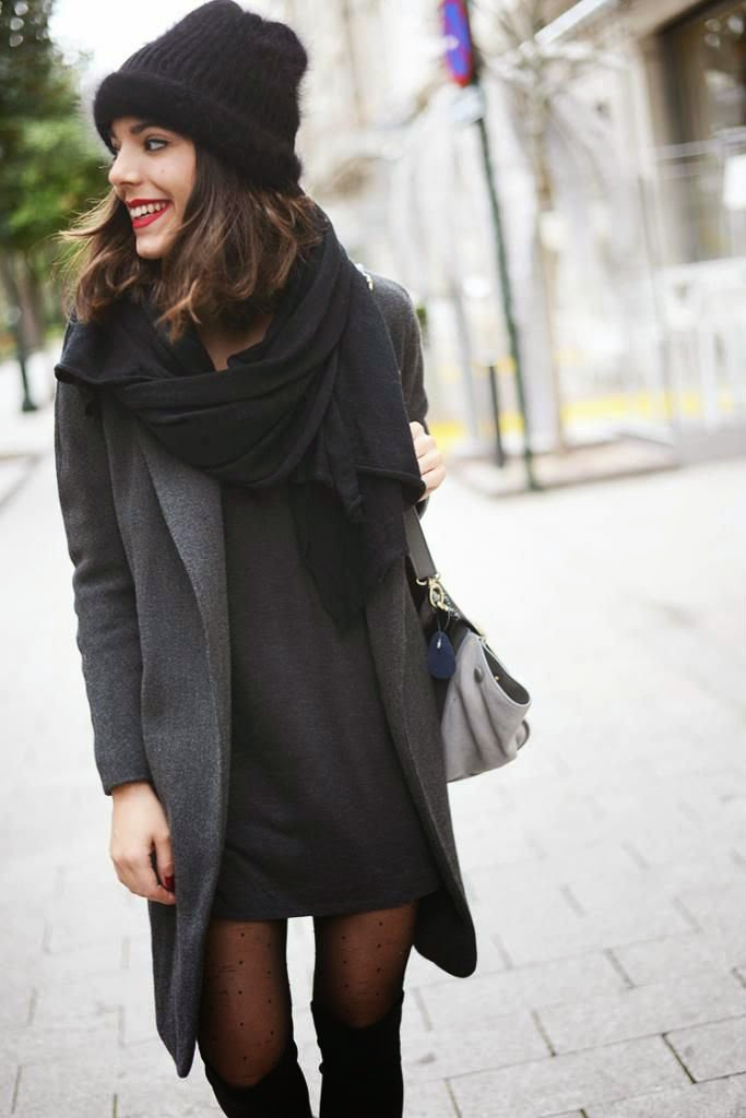 black-toque-black-scarf-grey-coat