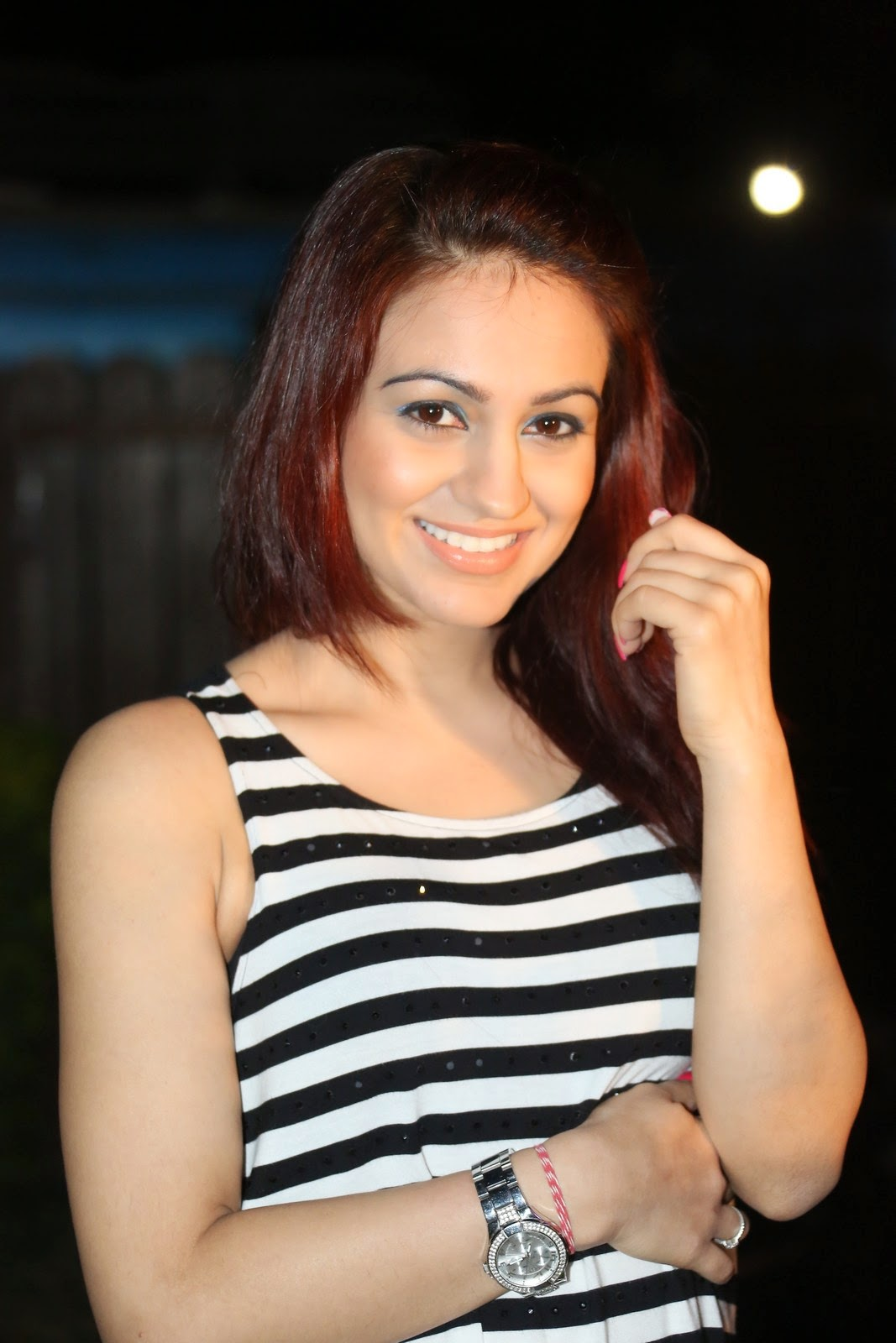 Aksha latest glamorous photos-HQ-Photo-3
