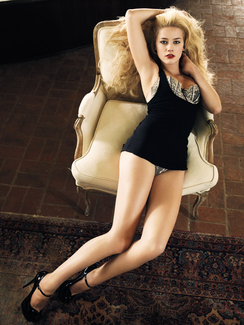 amber heard reclining on couch