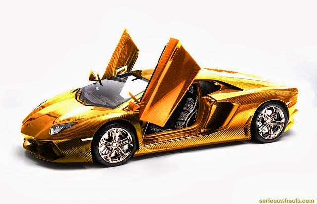 Gold-Lamborghini-Aventador-Model