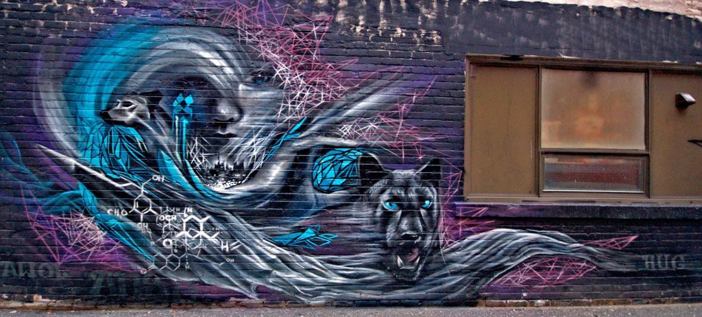 17-Hug-Aaron-Li-Hill-Street-Art-Graffiti-and-Mural-Painting-www-designstack-co