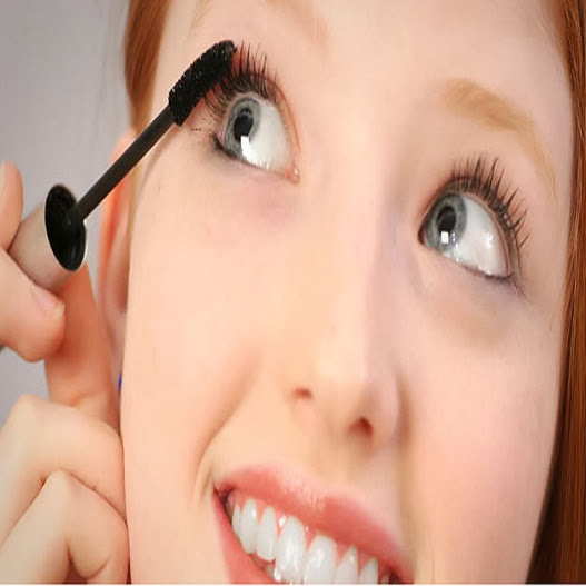 Tips Memilih Kosmetik yang Aman