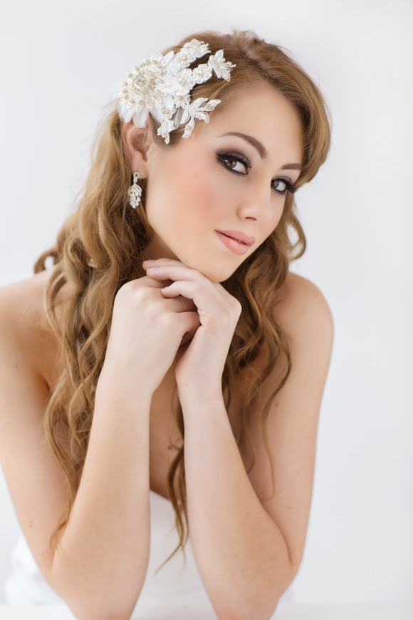 Skyla Bridal Lace Headpiece - www.perlejewellerymakeup.com.au