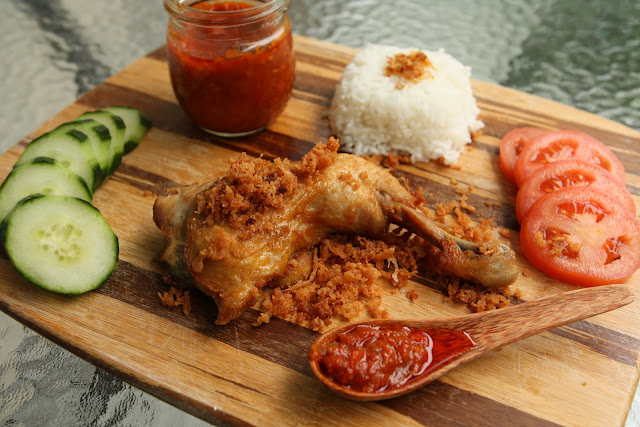 Pecel Ayam Kremes (Fried Chicken with Crunchy Crumbles)