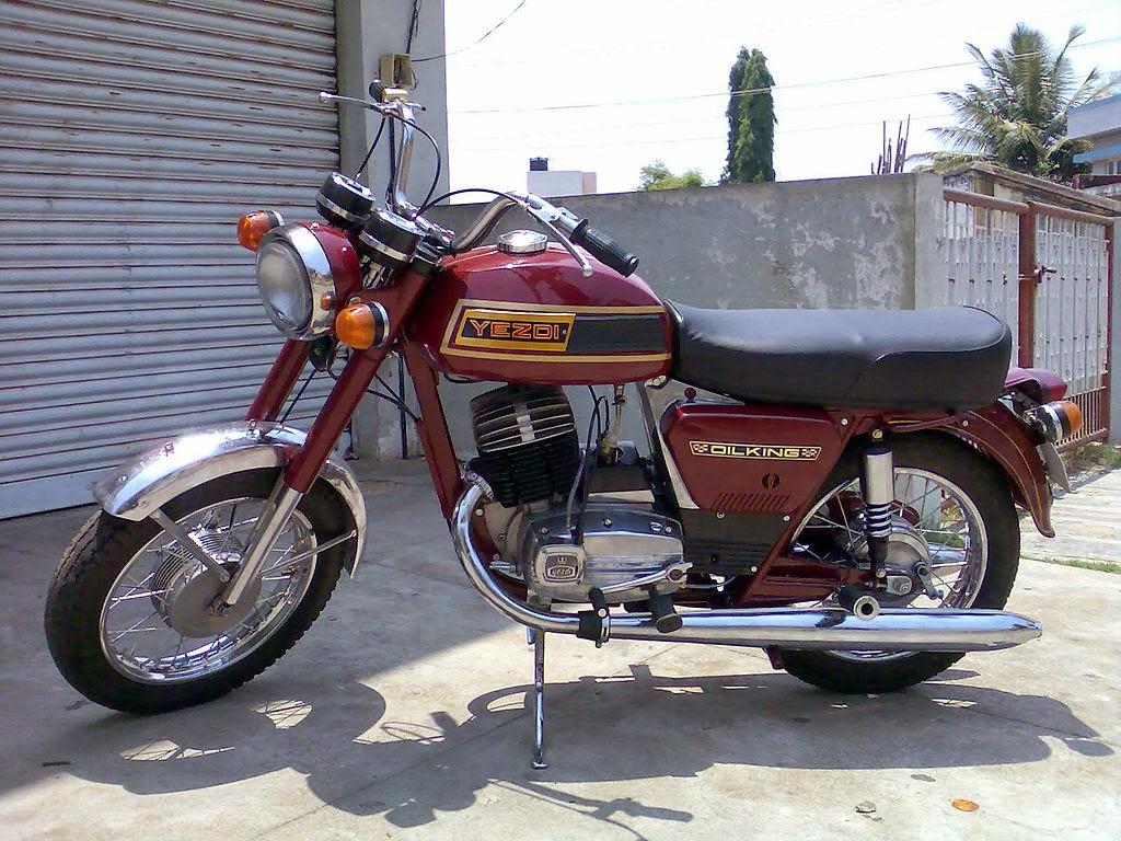 indyjski motor yezdi