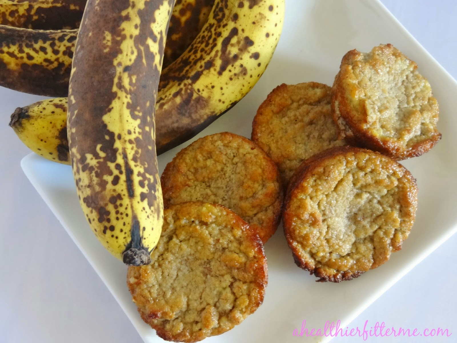 http://www.ahealthierfitterme.com/2014/08/paleo-banana-muffins.html