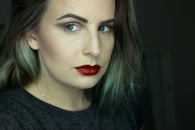 Illamasqua-Equinox-Review-Swatch-Makeup-Look