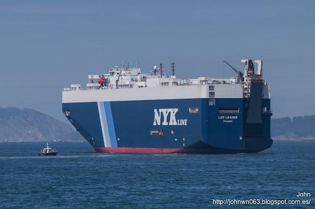 leo leader, car carrier, terminal de Bouzas, puerto de Vigo, Bouzas
