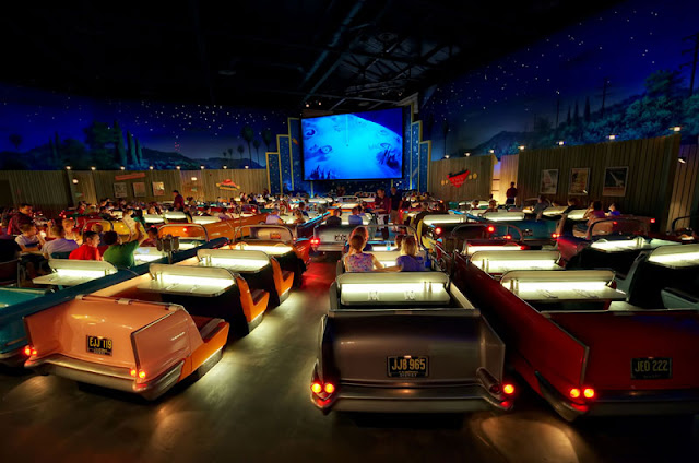 Disney world dine in theater