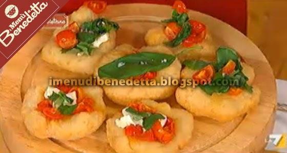 Pizzelle fritte la ricetta di benedetta parodi for Mozzarella in carrozza parodi