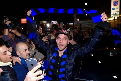 Podolski Selangkah Lagi Gabung Inter