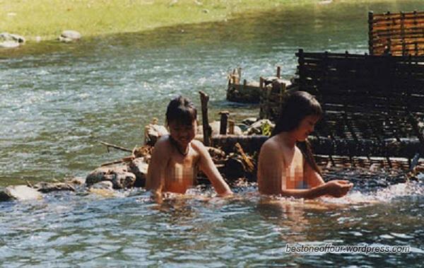 Anak dara bogel mandi telanjang