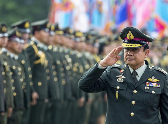 UN: Press Thai Premier on Abuses _ ฮิวแมนไรท์วอชเรียกร้องสหประชาชาติ จี้พลเอกประยุทธประเด็นสิทธิมนุษยชน เร่งคืนอำนาจ