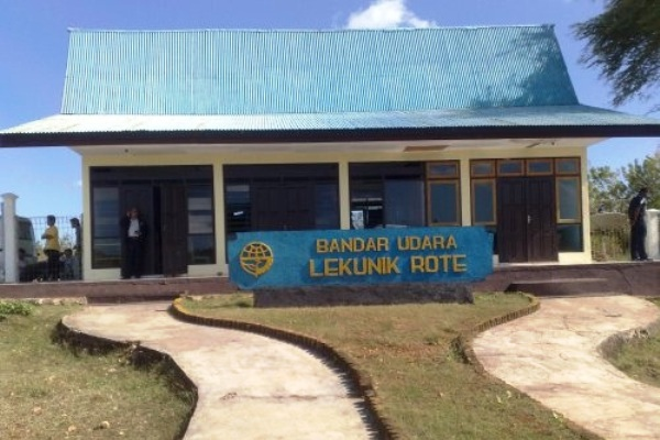Bandara Lekunik Rote, Kabupaten Rote Ndao, Provinsi Nusa Tenggara Timur. ZonaAero