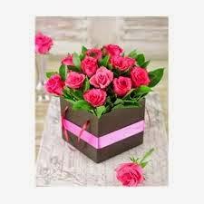 ... buket bunga mawar sebagai ucapan kasih sayang di hari Valentine