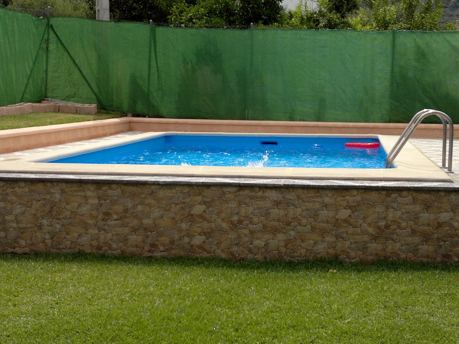 Vivienda turistica de alojamiento rural las buganvillas - Losas para piscinas ...