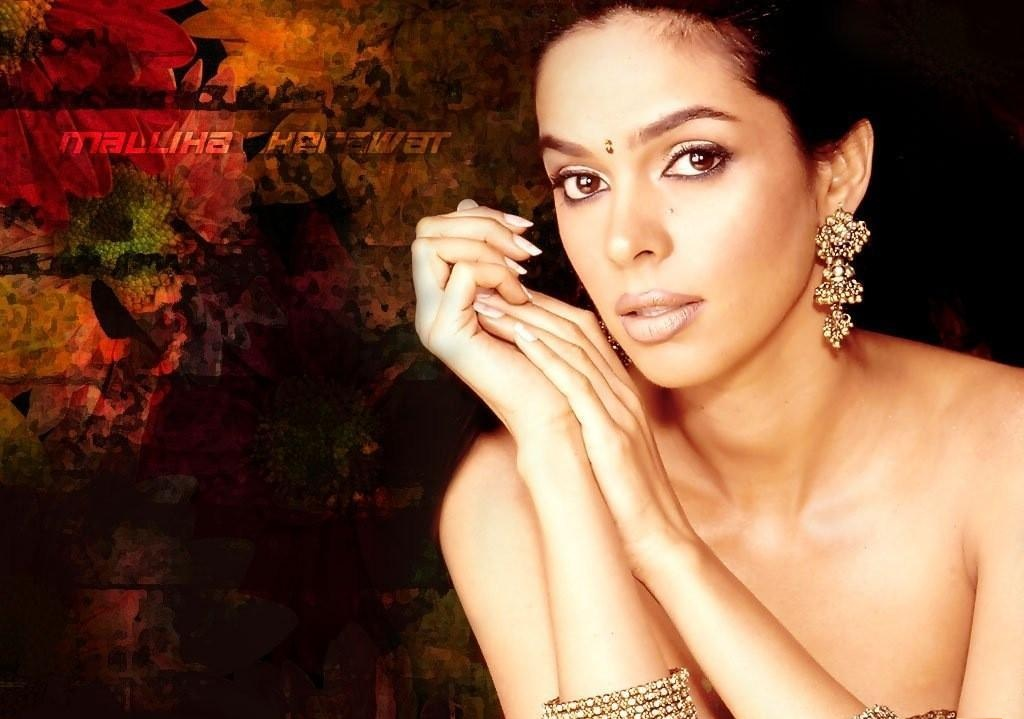 wallpapers mallika sherawat bikini - photo #4