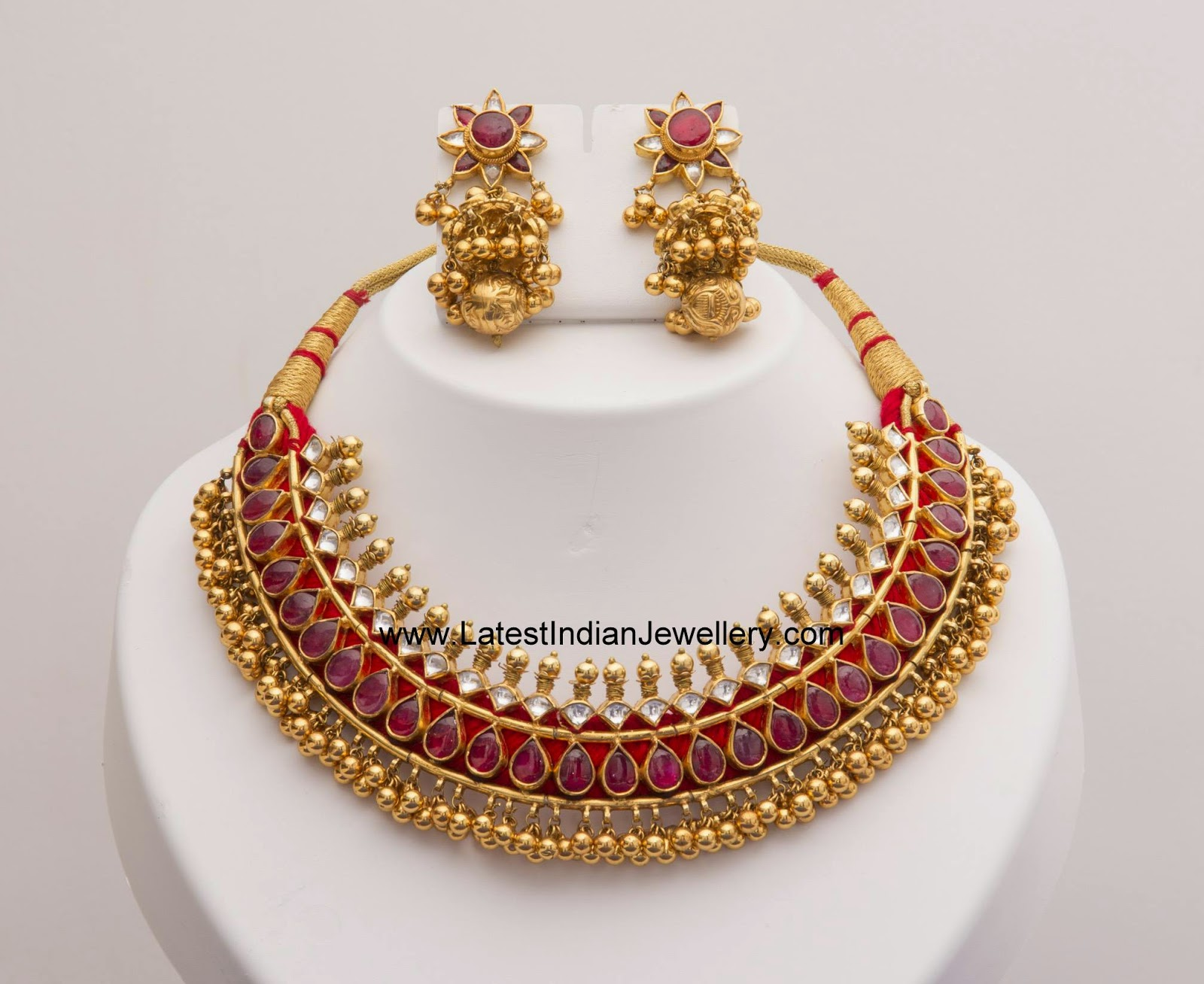 Tussi gold balls kundan necklace