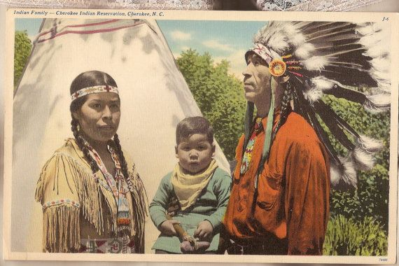 the cherokee indians A culture, a people, and a place that's actually a sovereign nation, cherokee is located right in the heart of western north carolina it's also base camp for hiking in the great smokies, arts and crafts shopping, native elk herd viewing, hours of fishing fun, and home to a history that spans millennia.