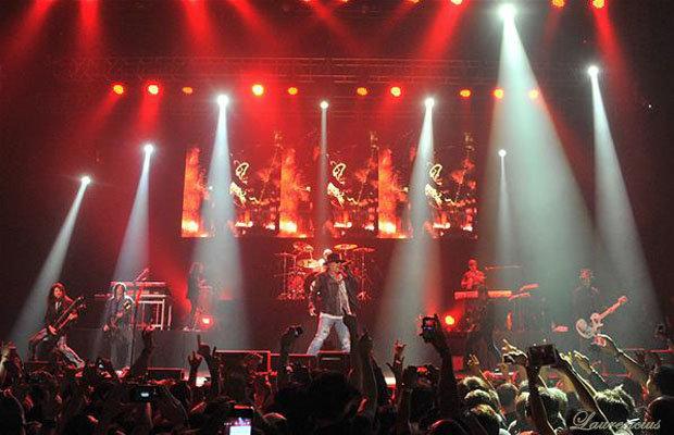 Foto-konser-Guns-N' Roses-di-Meis-Ancol_6