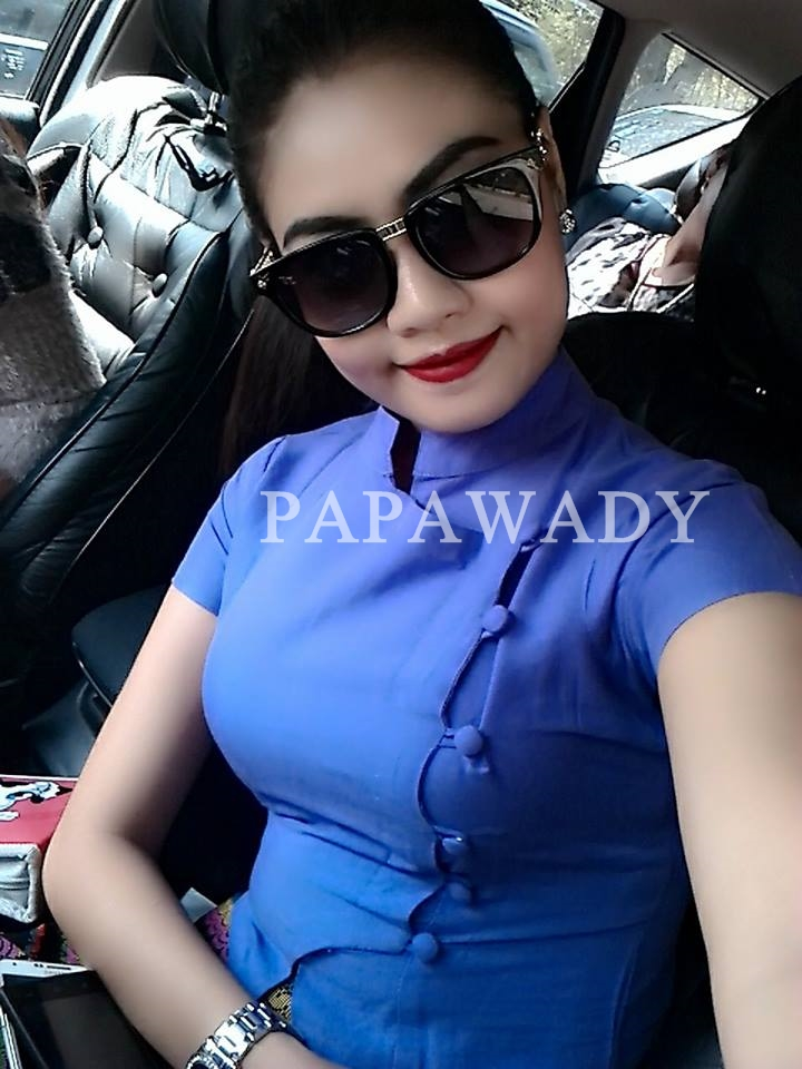 Selfie Of The Weeky Celebrity - Baby Mg - March Issue by Papawady