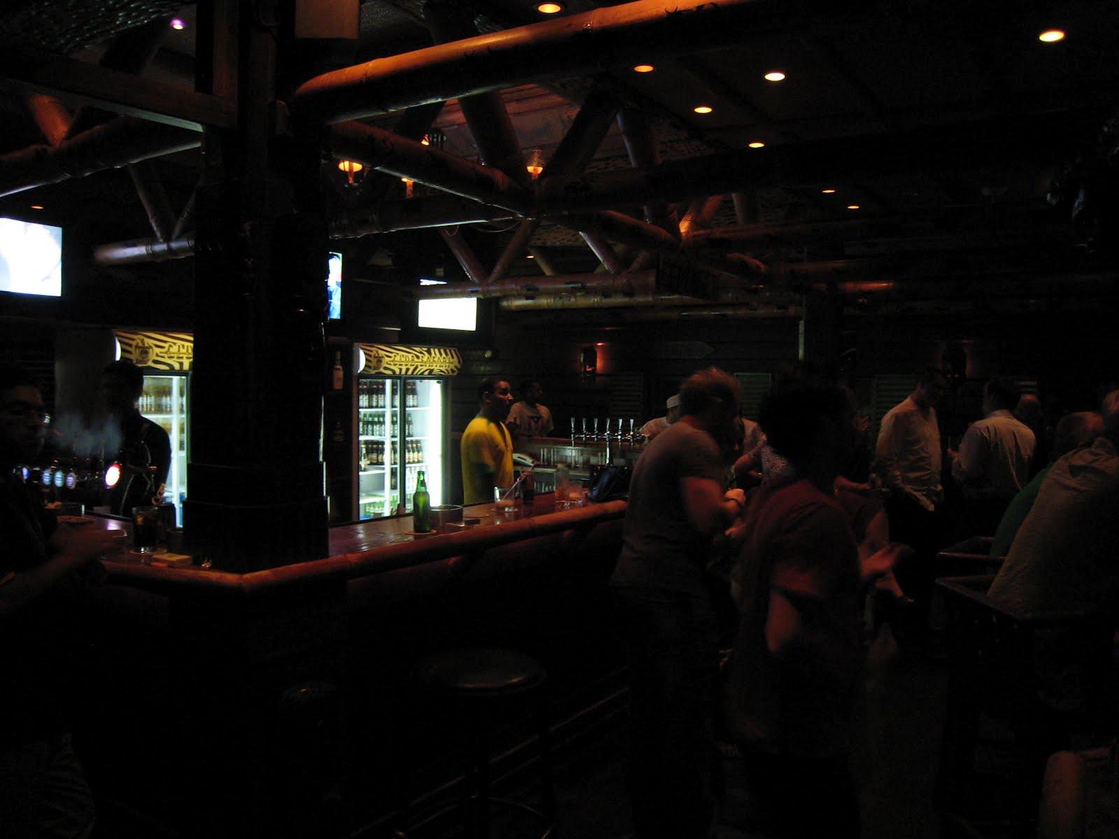 Oman expat: Safari pub in Hyatt