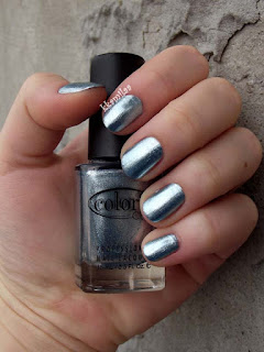 Color Club Foiled - Lumin-Icecent
