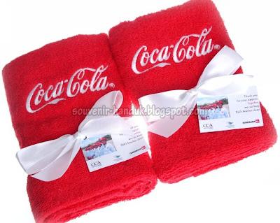 Souvenir Handuk Coca Cola