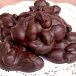 How to Make Chocolate Peanut Clusters - Small Cake Tips
