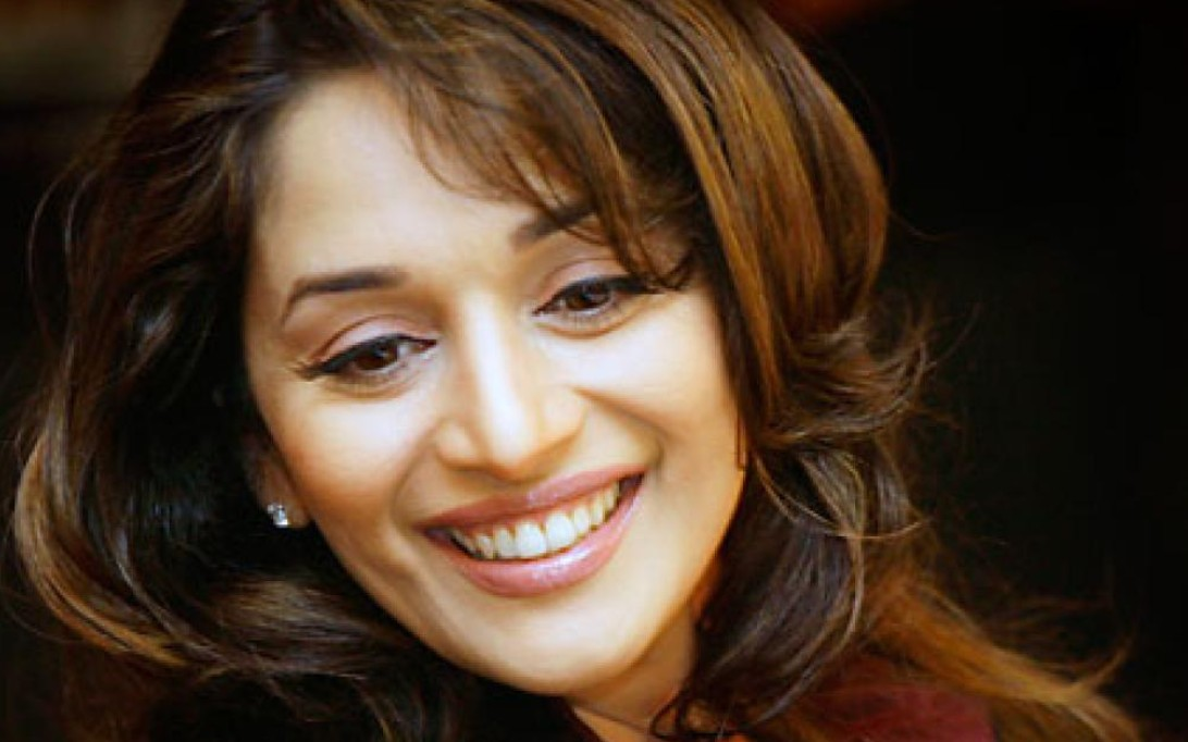 Woman In Pictures Madhuri Dixit Wallpaper 1