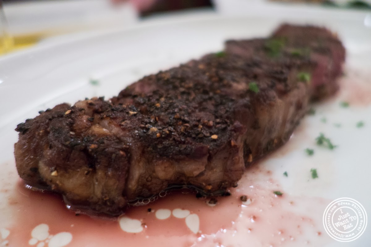 image of sirloin steak at Sel et Poivre on the Upper East Side, NYC, New York