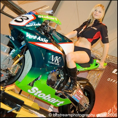 girls on motorcycles Cute teen